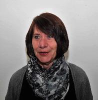 Frau Jacqueline Kretschmer